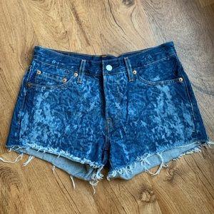 Acid washed Levi's 501 Jean shorts size 27